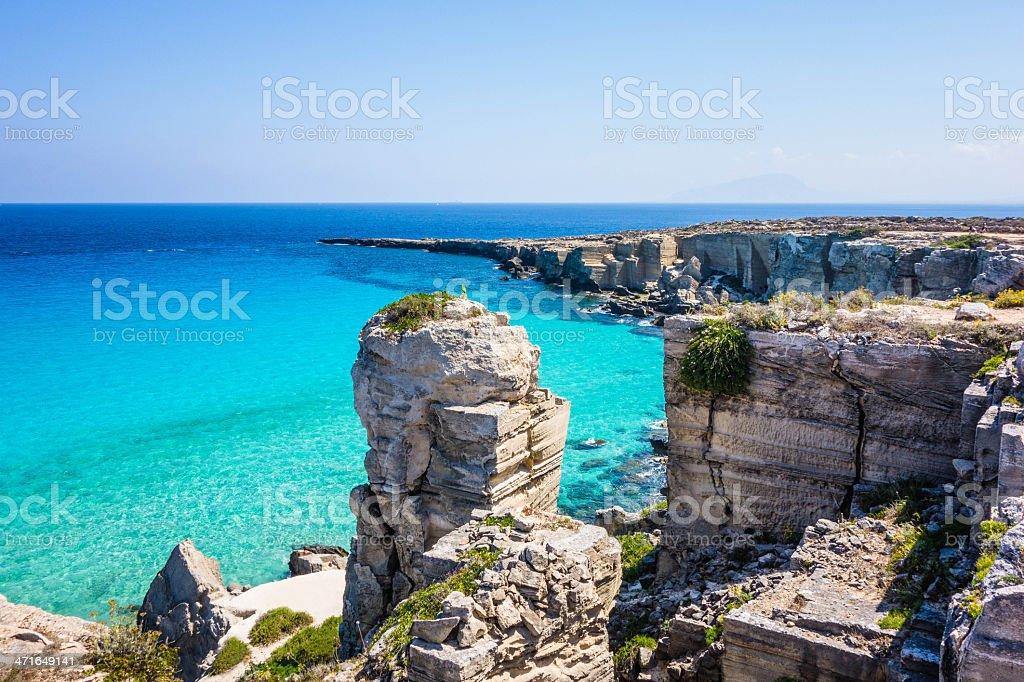 Italia, Sicilia, Favignana isola, Cala Rossa. - foto stock