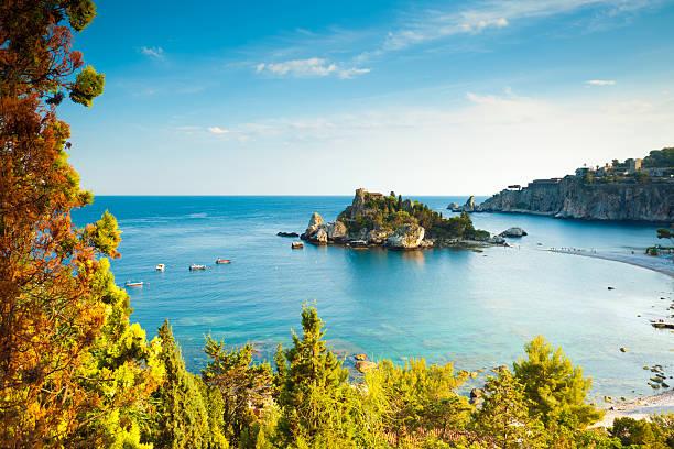 italy, sicily, taormina, isola bella - 陶爾米納 個照片及圖片檔