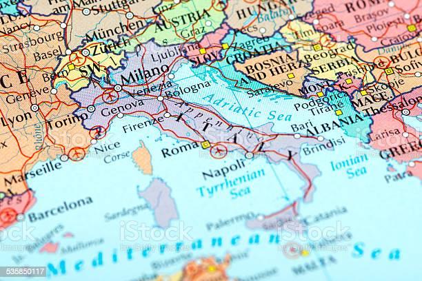 Italiamilano - Fotografie stock e altre immagini di 2015