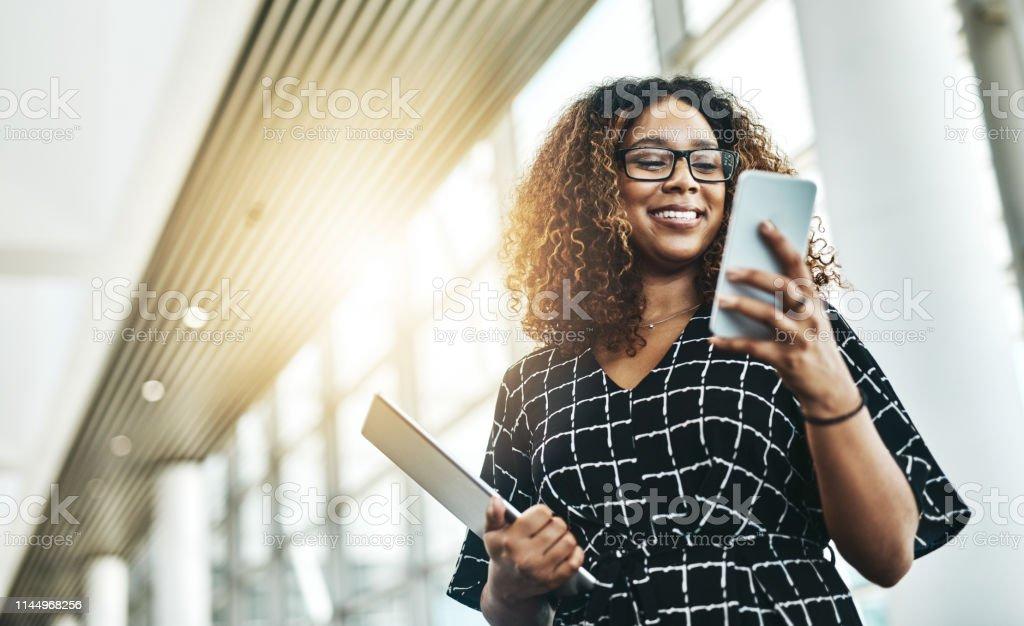 Het is allemaal makkelijker als digitaal gedaan - Royalty-free 20-29 jaar Stockfoto
