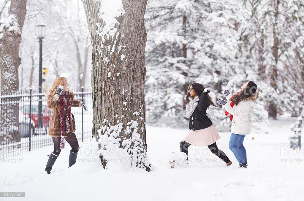 Le gel à l'extérieur, mais il y a toujours du temps pour se divertir - Photo
