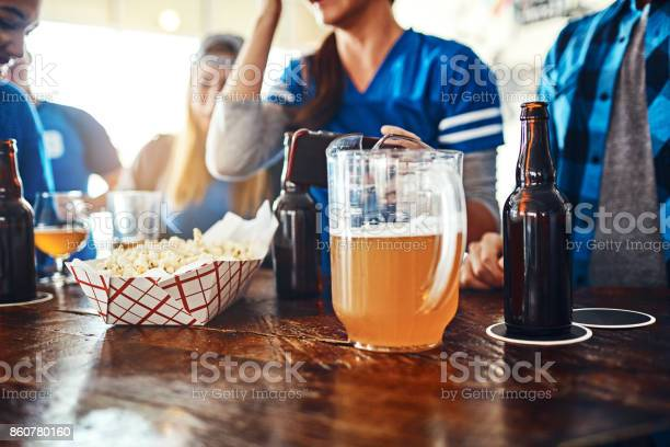 Its not a game without drinks and snacks picture id860780160?b=1&k=6&m=860780160&s=612x612&h=vqkjquc wesqhwoqs9oecpaxat 4uufhbg2itbhuct0=