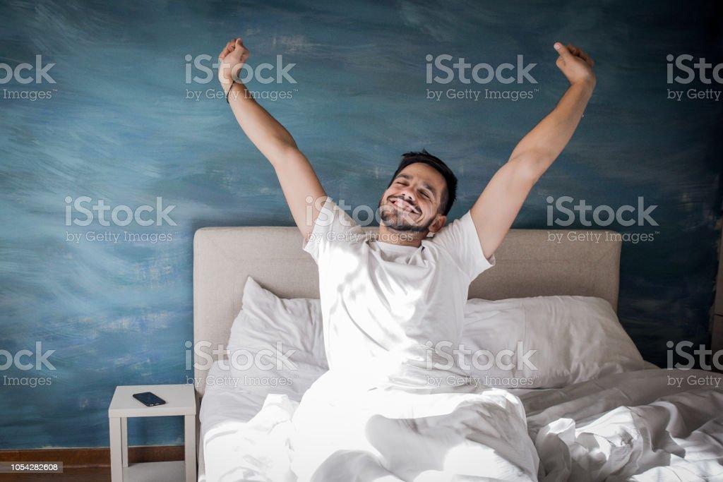 Uyanmak zamanıdır - Royalty-free Adamlar Stok görsel