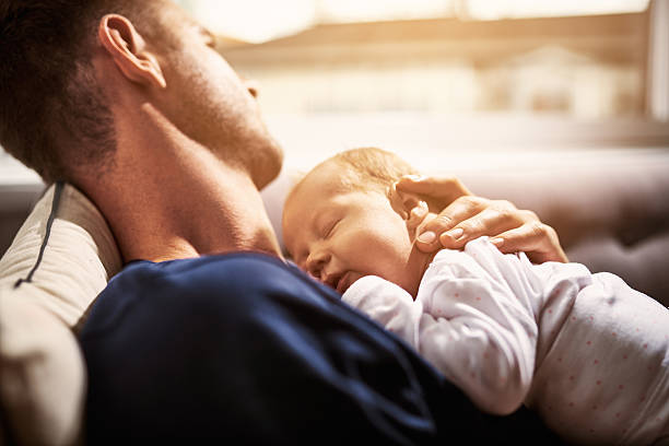 it's tiring being this adorable all day - novo bebê - fotografias e filmes do acervo