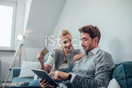 842971872 istock photo It's way cheaper to shop online 871621626