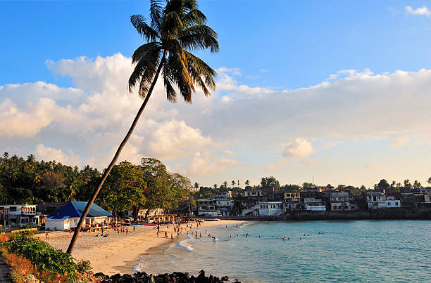 itsandra, comores îles: la plage - comores photos et images de collection