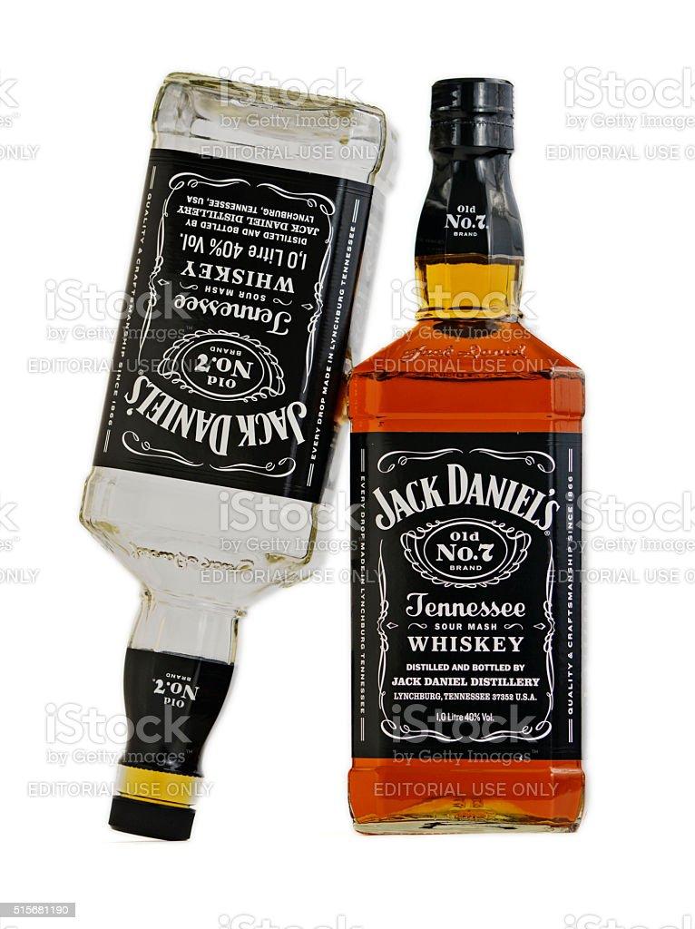 Jack De Daniel de Borbón whisky arriba hacia abajo - foto de stock