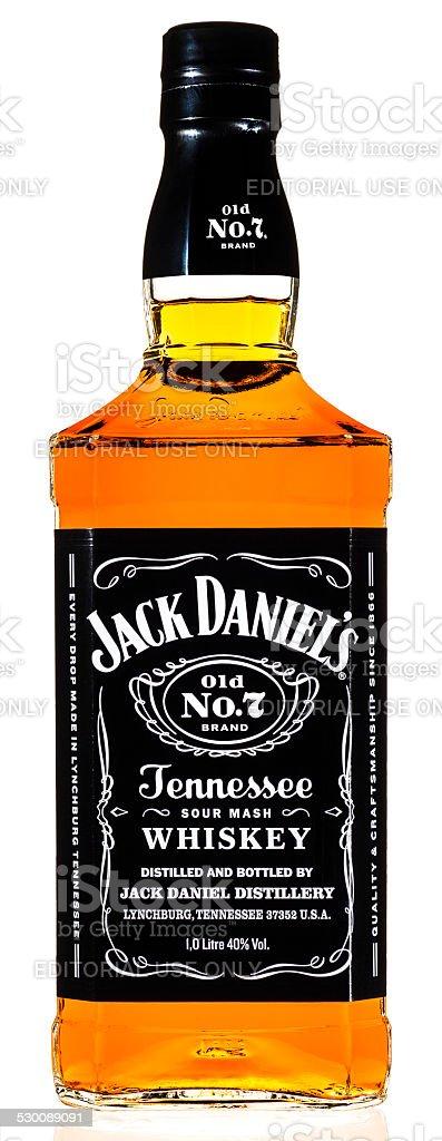 Jack Daniel's whisky botella aislado sobre blanco - foto de stock