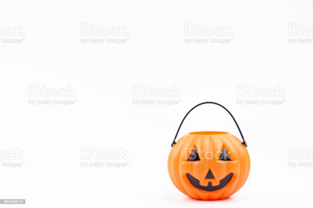 Jack weißen Pumpkinhead Kunststoff auf weißem Hintergrund für Dekorationen auf Halloween-Tag verwendet. Design-Halloween-Hintergrund. – Foto
