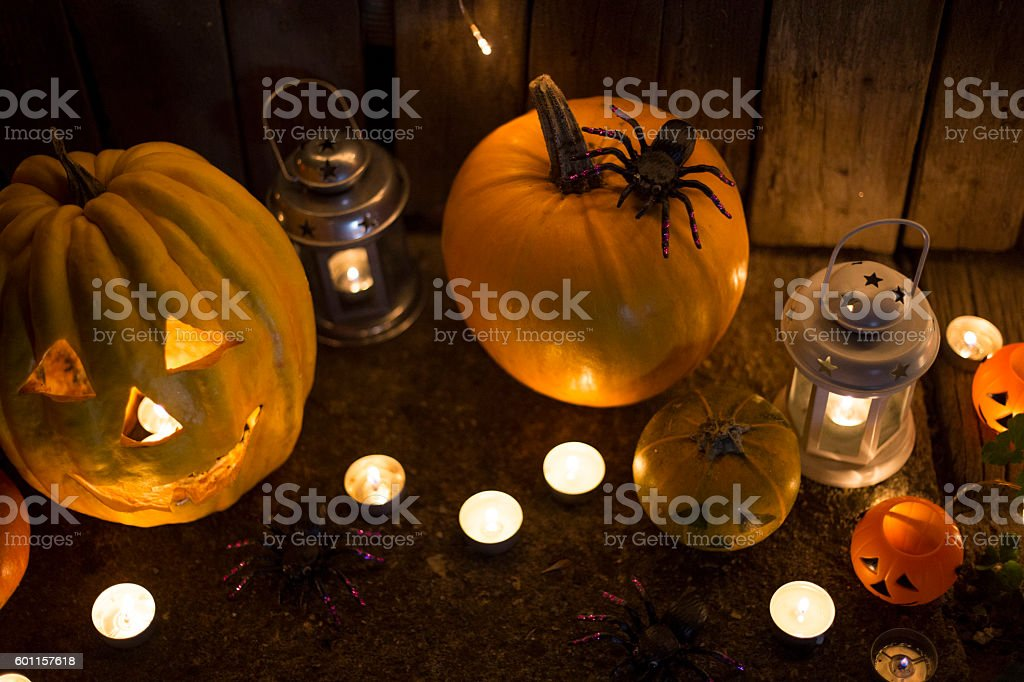 Jack-o-lantern on a dark background - foto de stock