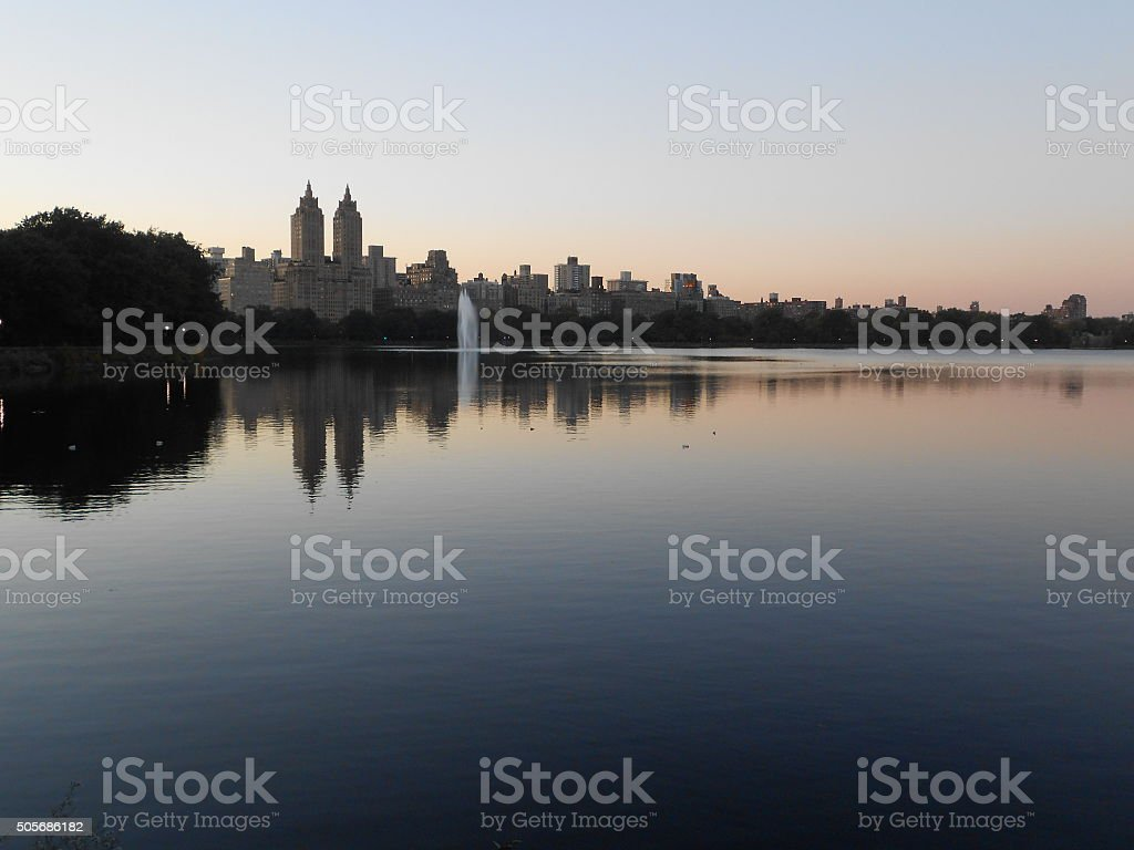 Jacqueline Kennedy Onassis Reservoir In Central Park In Manhattan New York  Stock Photo - Download Image Now
