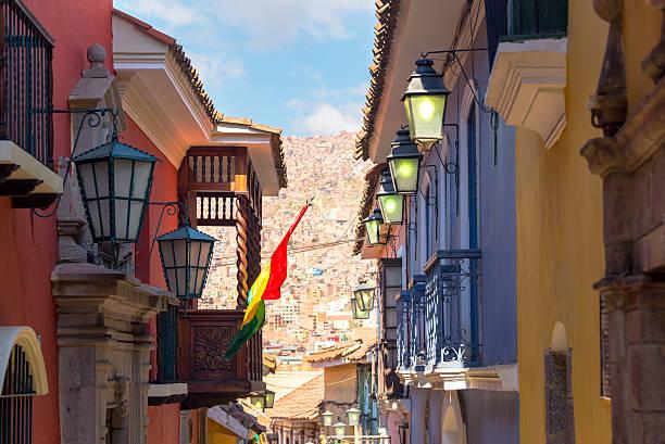 jaen street in la paz, bolivia - 玻利維亞 個照片及圖片檔