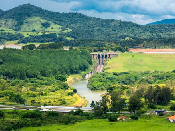 Jaguari reservoir dam and Fernao Dias highway in Vargem city stock photo