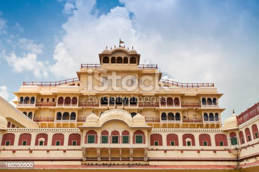 This complex was the seat of the Maharaja of Jaipur, the head of the Kachwaha Rajput clan. The Chandra Mahal palace now houses a museum but the greatest part of it is still a royal residence.