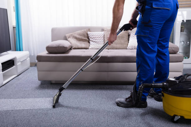 janitor cleaning carpet - clean stock pictures, royalty-free photos & images