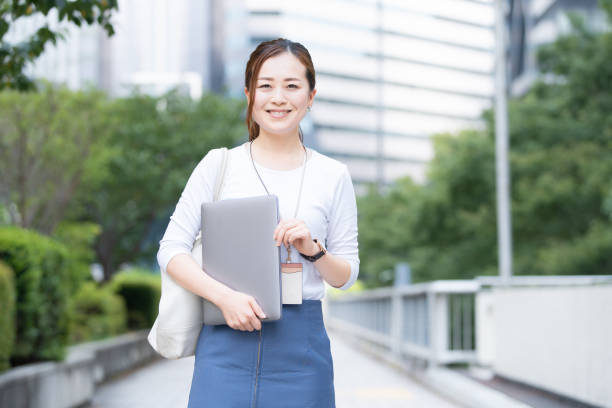 日本のビジネスウーマン - 30 34歳 ストックフォトと画像