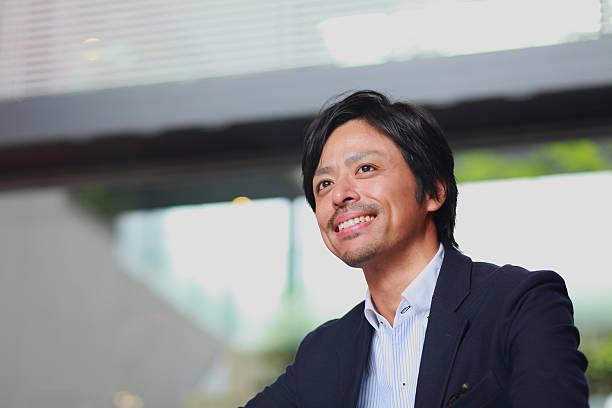 日本のビジネスマン - 男性 笑顔 ストックフォトと画像