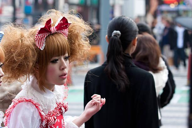 japanische kostümspiel mädchen in harajuku - tokyo cosplay stock-fotos und bilder