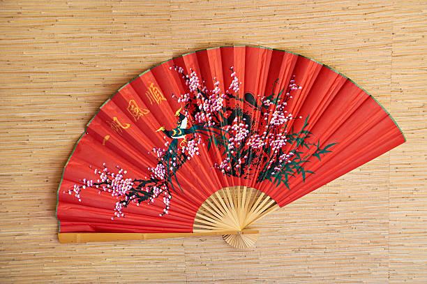 japanische fan - japanischer fächer stock-fotos und bilder