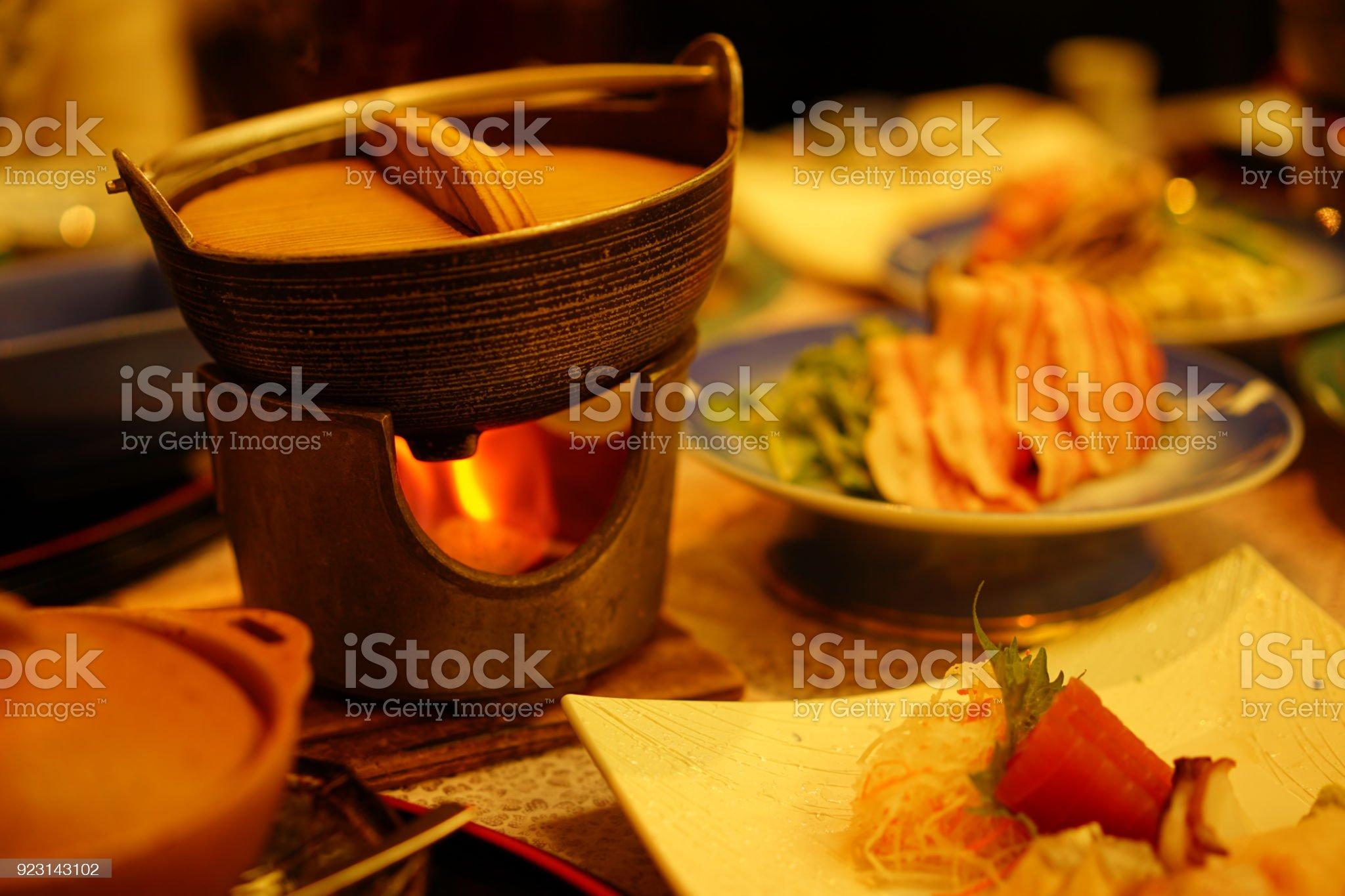 https://media.istockphoto.com/photos/japanese-food-picture-id923143102?s=2048x2048