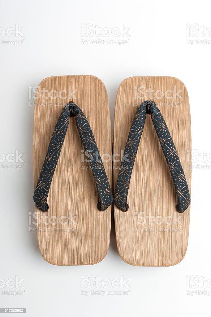 Homme Summer Japonais Geta Sabots Tongs String Sandales en Bois Pantoufles Chaussures