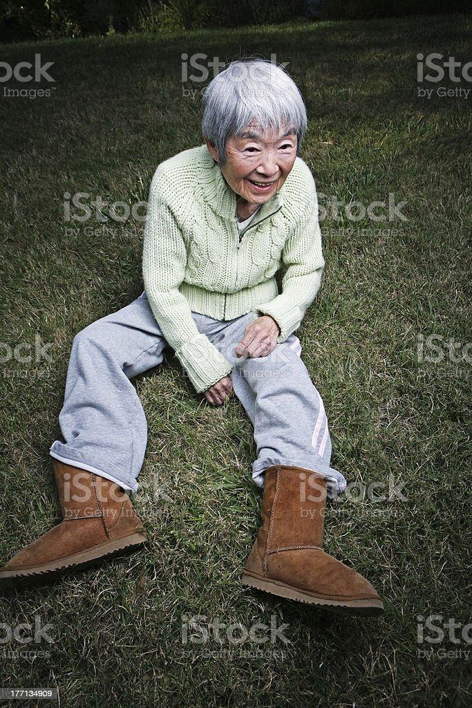Oma im Freien Bilder