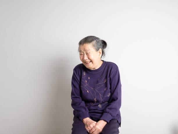 日本の幸せなシニアの肖像画 ストックフォト