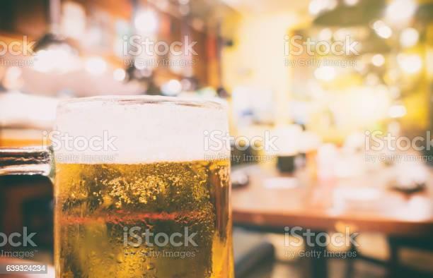 Japanese izakaya beer restaurant with blur background picture id639324234?b=1&k=6&m=639324234&s=612x612&h=790s7z2yovbtxxsipotntw8chtvnowzlqjmuwvwkr78=