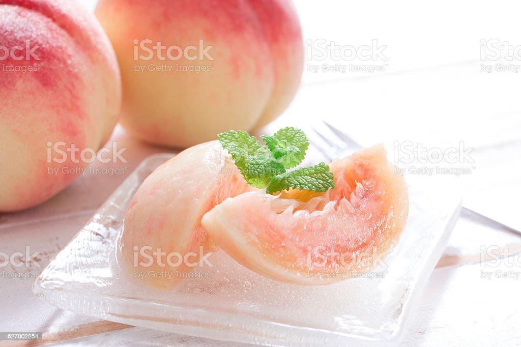 Japanese peaches - foto de acervo