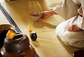 お茶の茶碗を作る茶道「佐渡」