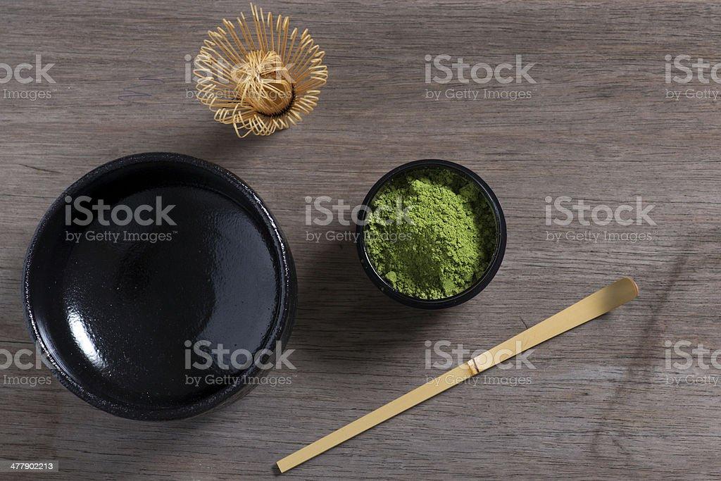 Japanische Teezeremonie Ambiente auf Holzbank. – Foto