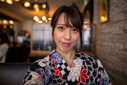 Japanese woman renting Yukata and having solo trip to Kagurazaka for blogging and vlogging.