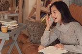 istock Japanese woman smiling 1178066632