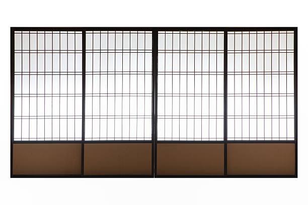 japanische holz schiebefenster, tür isoliert auf weißem hintergrund - raumteiler weiß stock-fotos und bilder