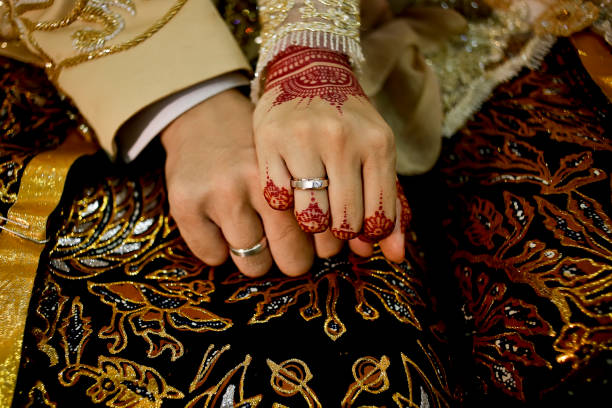 javanese wedding Javanese Bride and Groom Hands indonesian ethnicity stock pictures, royalty-free photos & images