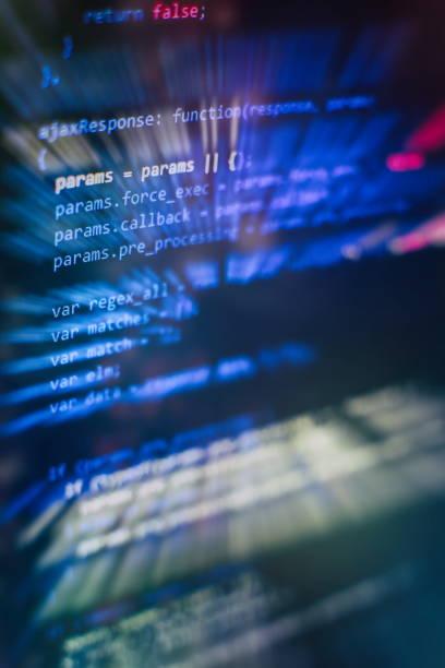 JavaScript fonksiyonları, değişkenler, nesneler. Proje yöneticileri yeni bir fikir çalışır. Gelecekteki teknoloji oluşturma süreci. stok fotoğrafı