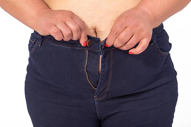 fit jeans nicht mehr - damen hosen für mollige stock-fotos und bilder