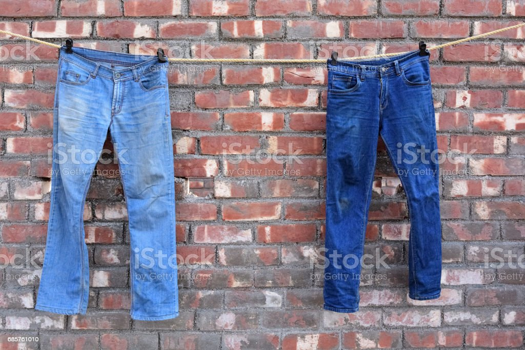 Jeans hanging foto stock royalty-free