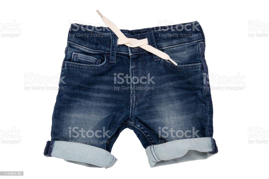 Shorts Vaqueros Aislados Modernos Pantalones Cortos De Estilo Jeans Con Cinta Blanca Para Nino Chico Aislado Sobre Un Fondo Blanco Pantalones Cortos De Mezclilla De Moda Foto De Stock Y Mas Banco