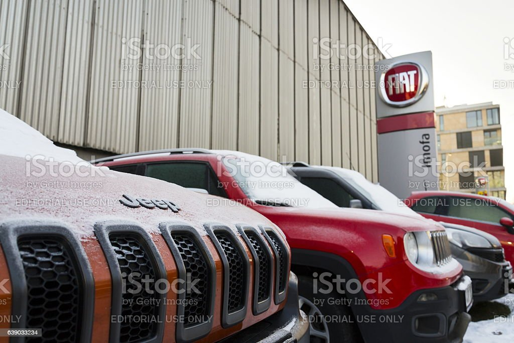 Jeep and Fiat group company logo on Czech dealership building – Foto