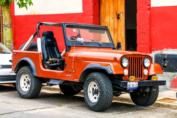 Jeep CJ-7 OAXACA, MEXICO - MAY 25, 2017: Motor car Jeep CJ-7 in the city street. willys stock pictures, royalty-free photos & images