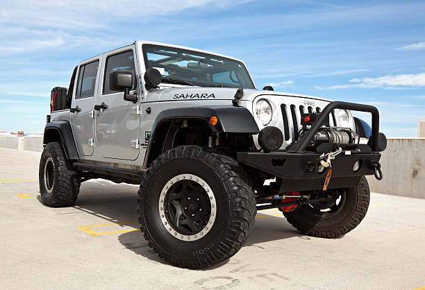 jeep wrangler 2008. - cable winch stock photos and pictures