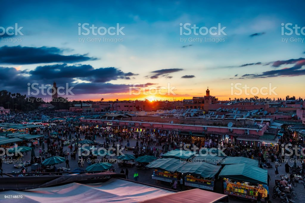 Djemaa el-Fna square and market place in the evening, Marrakesh,...
