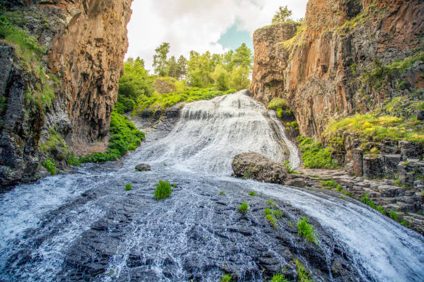 Jermuk waterfall on Arpa river in Armenia Jermuk waterfall on Arpa river in Armenia ARPA stock pictures, royalty-free photos & images