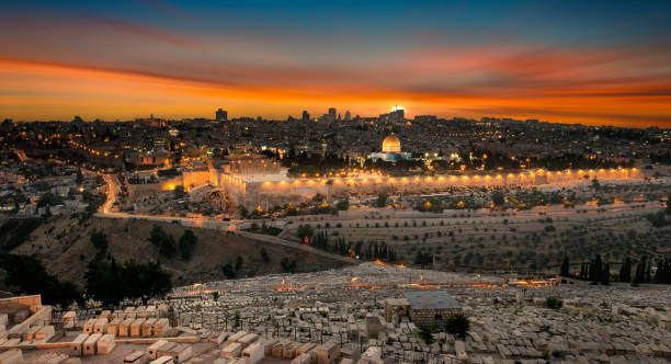 jerusalem city by sunset - jeruzalem stockfoto's en -beelden