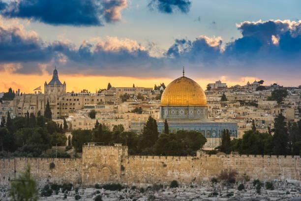 cidade velha de jerusalem no por do sol - israel - fotografias e filmes do acervo