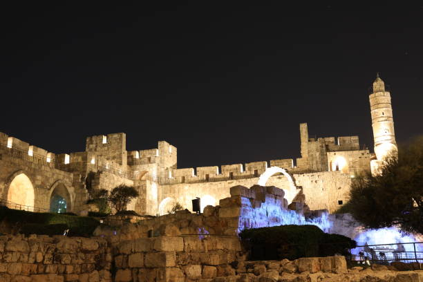 Jerusalem old city walls night view Jerusalem old city walls night view jerusalem old city stock pictures, royalty-free photos & images