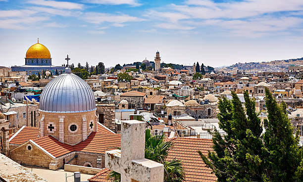 Jerusalem panoramic roof view Jerusalem panoramic roof view to christians, jewish and muslims sacred places dome of the rock stock pictures, royalty-free photos & images