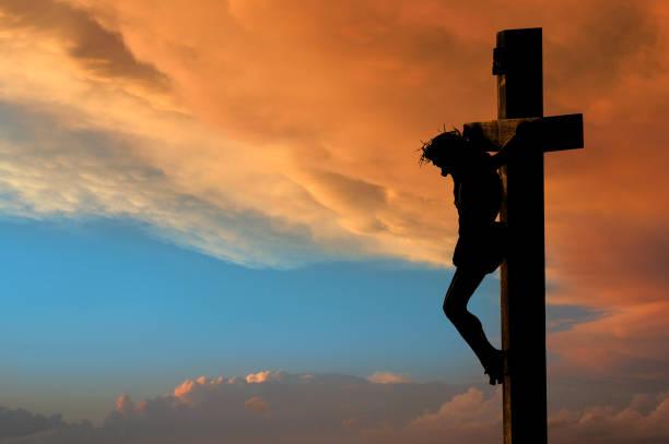 crucifixion de jésus - jesus croix photos et images de collection