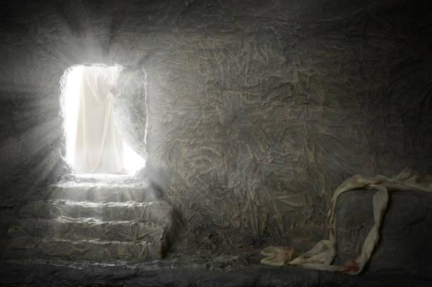 jesus leaving empty tomb - graftombe stockfoto's en -beelden